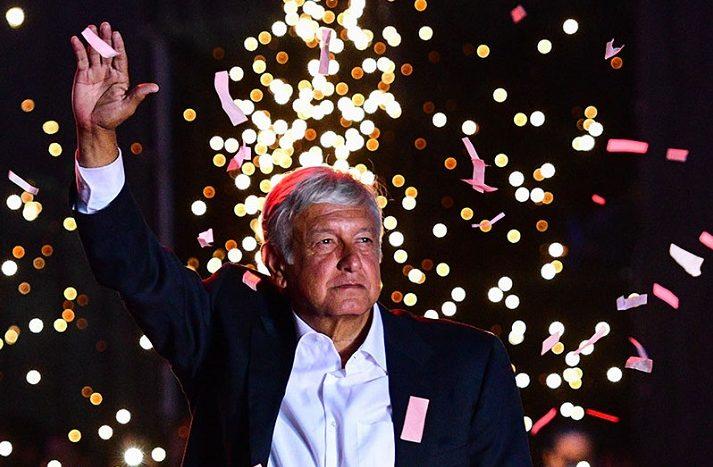 """Obrador Presidente del Messico al grido: """"Prima i poveri!"""""""