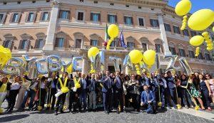 Legge sul taglio dei vitalizi, tra festeggiamenti e polemiche