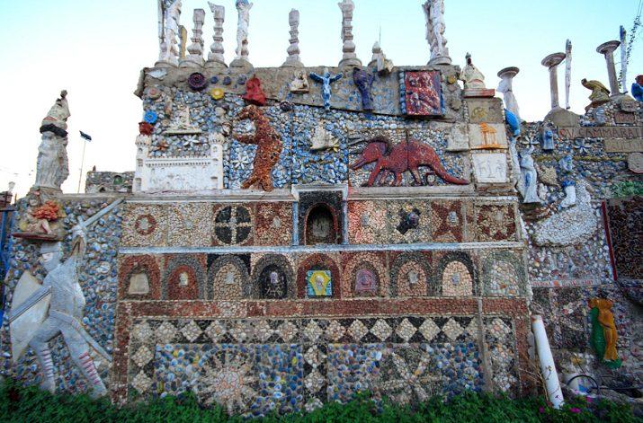 """La """"Casa del Puparo"""", un gioiello d'arte tra le baracche di Maregrosso"""