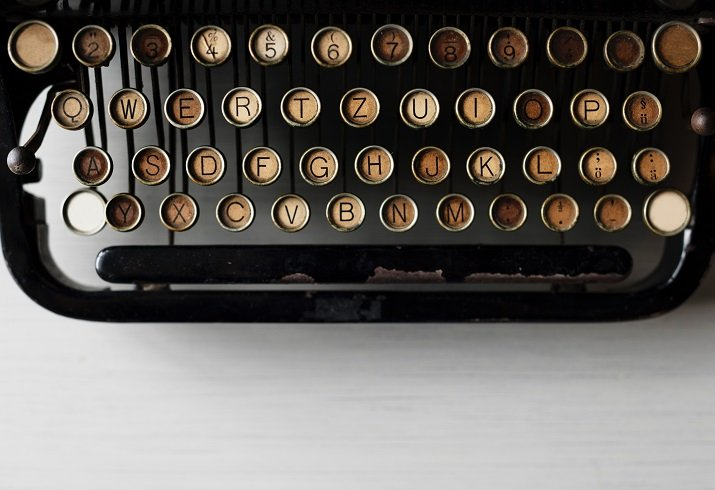 """""""Scrivere un curriculum"""" di Wisława Szymborska"""