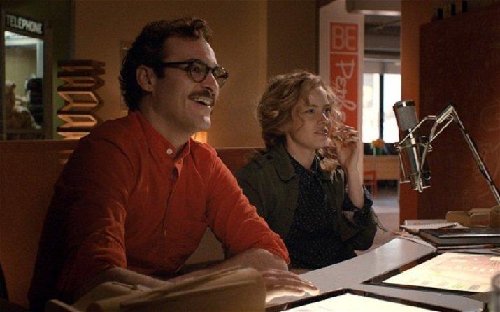 Her di Spike Jonze con Joaquin Phoenix e Scarlett Johannson