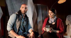 La Rondine, il toccante spettacolo con Lucia Sardo