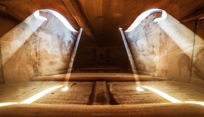 """""""Serenade for Strings - La luce interiore"""" di Adrian Borda"""