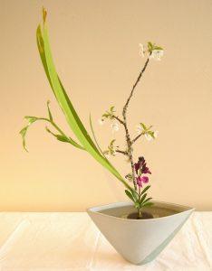Ikebana, la silenziosa arte giapponese dei fiori