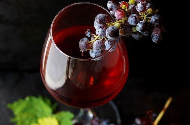 """""""L'anima del vino"""" di Charles Baudelaire"""