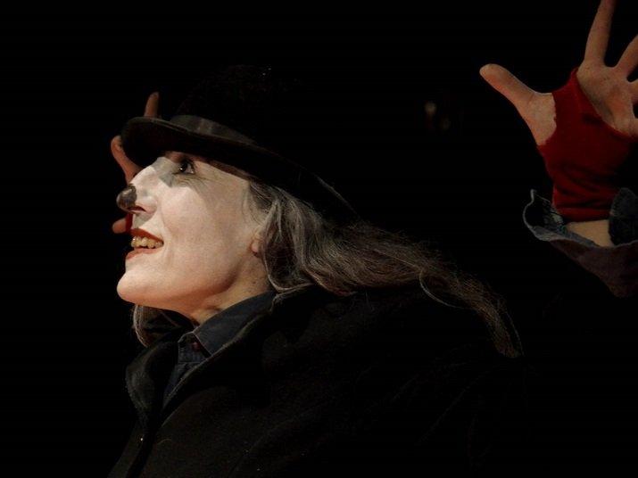 Vladimiro mira il mare di Paola Tortora al Napoli Teatro Festival