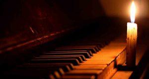 Concerto al buio di piano e violino alla Galleria Borbonica