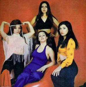 Le donne iraniane prima della rivoluzione e l'obbligo di coprirsi