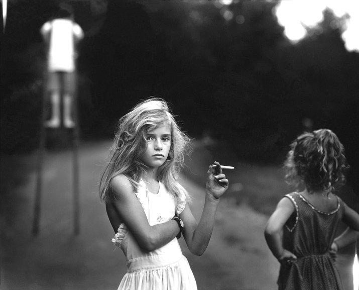 Immediate family di Sarah Mann, Candy cigarette