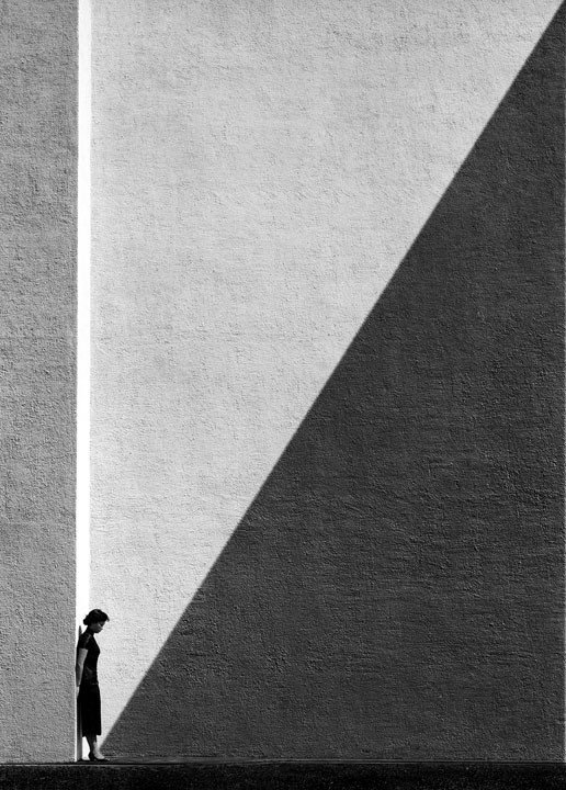 Approaching Shadow di Fan Ho