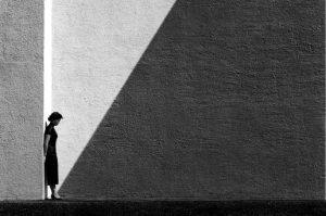 'Approaching Shadow' di Fan Ho. Soggettività dietro l'obiettivo