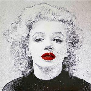 'Amo' di Valeria Corvino. La Marilyn Monroe triste