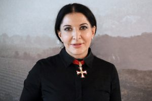 Marina Abramović video messaggio Italia