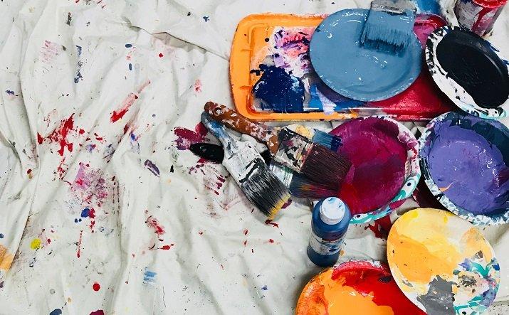 Vinavil nell'arte
