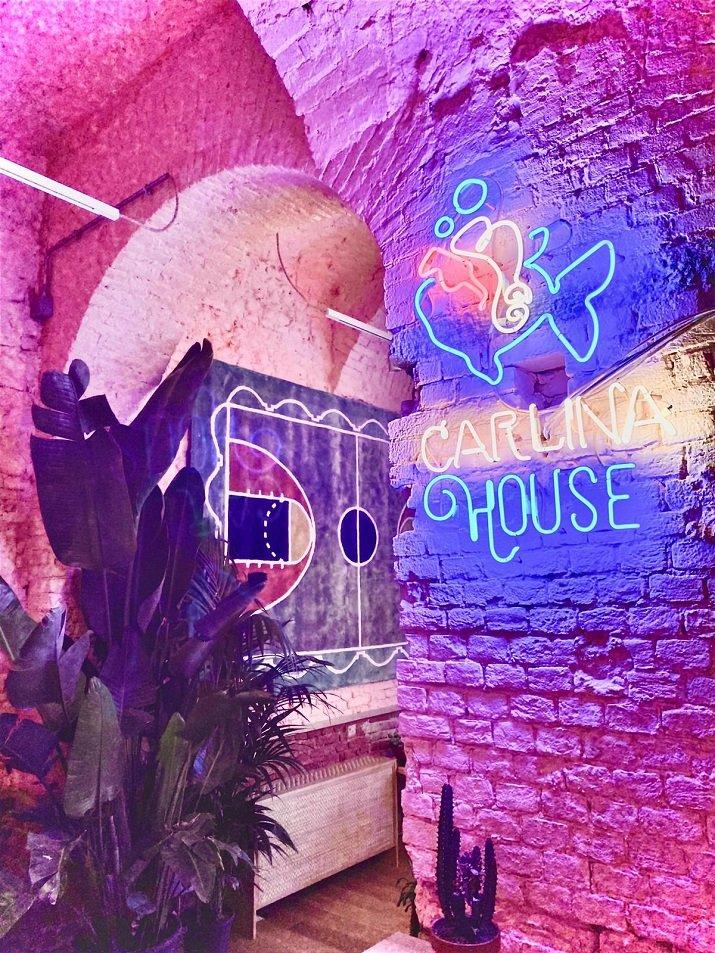 """Casa del Poke"""
