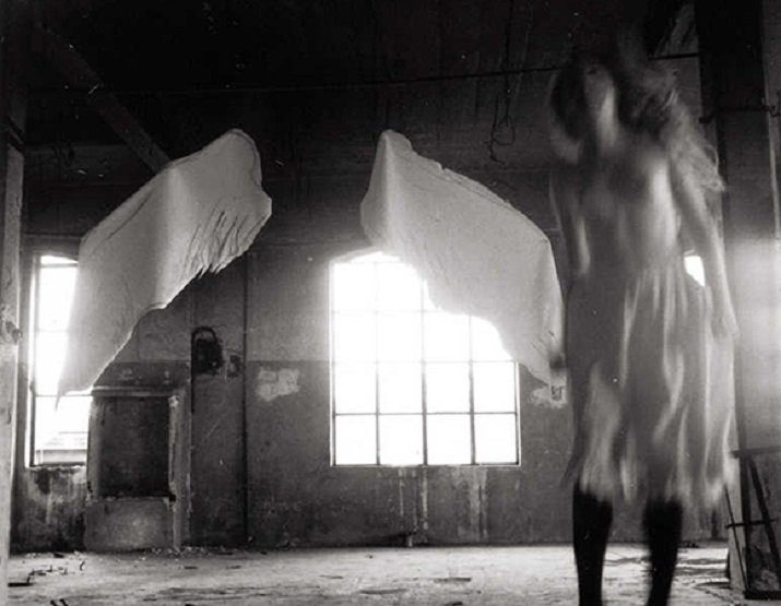 La fotografia di Francesca Woodman alla ricerca di sè