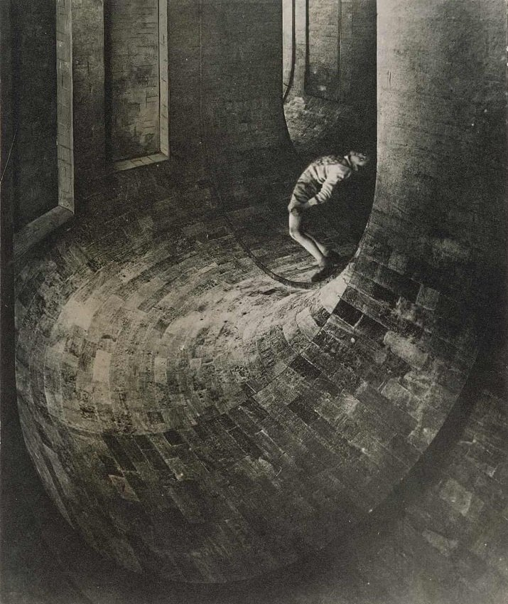 """The Pretenderby"" di Dora Maar, 1935"
