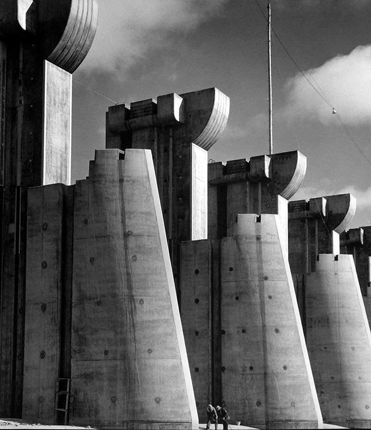 Fotografia industriale. Margaret Bourke-White. Prima donna fotografa