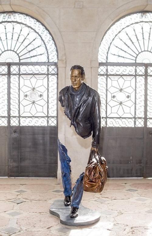 scultura contemporanea urbana