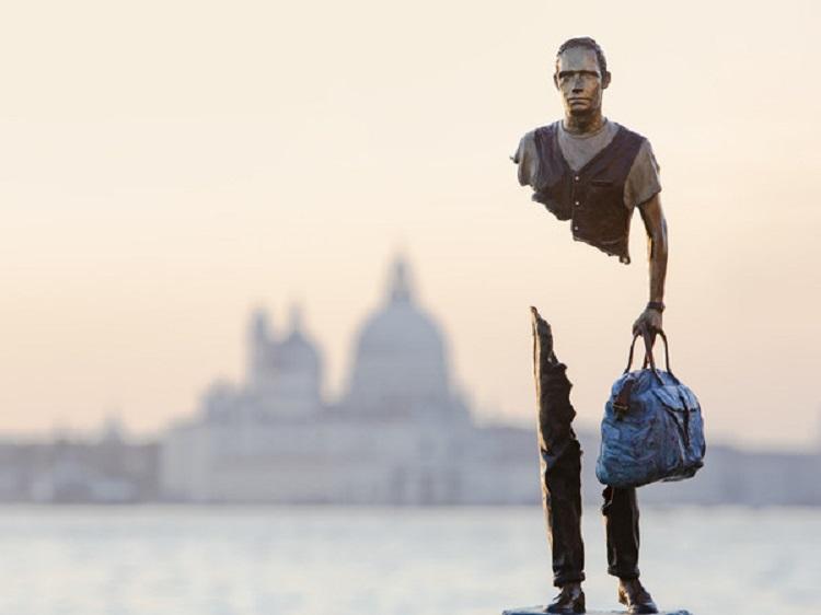 """Les Voyageurs - I Viaggiatori"" di Bruno Catalano"
