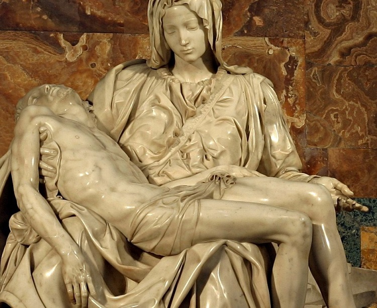 """Drappeggio delle vesti. Dettaglio La """"Pietà"""" di Michelangelo Buonarroti"""