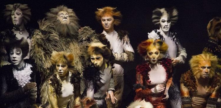 """Il musical """"Cats"""" di Webber"""