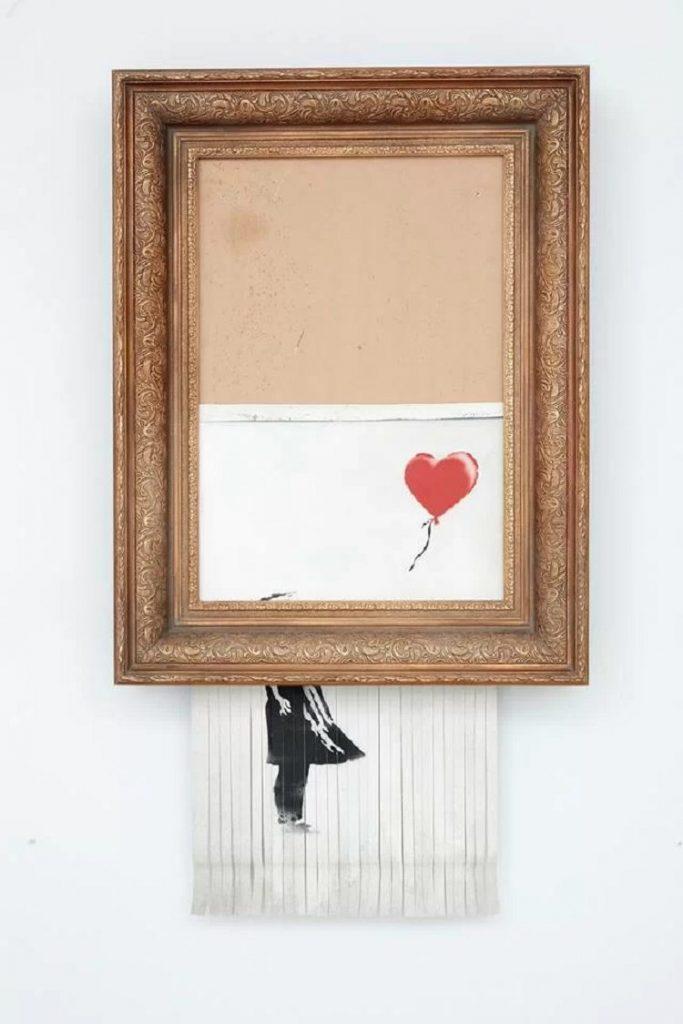 """Love is in the Bin"" di Banksy"