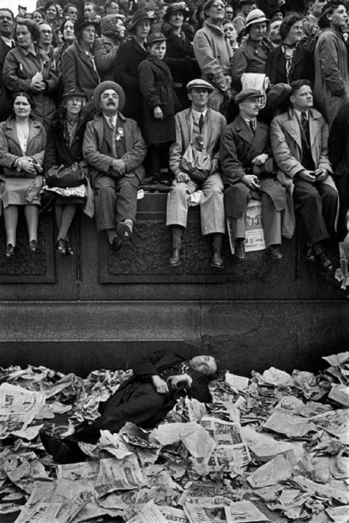 Henri Cartier-Bresson. Coronation of King George VI.