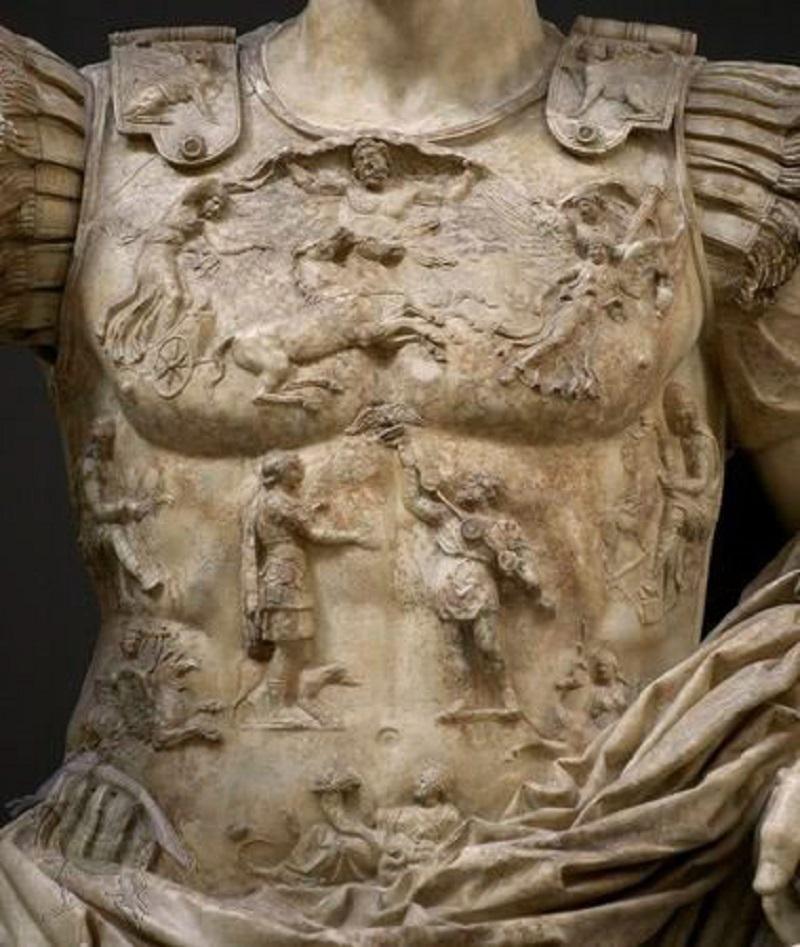 Augusto di Prima Porta. Corazza. Scultura romana