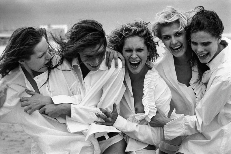 """White Shirts"" di Peter Lindbergh"
